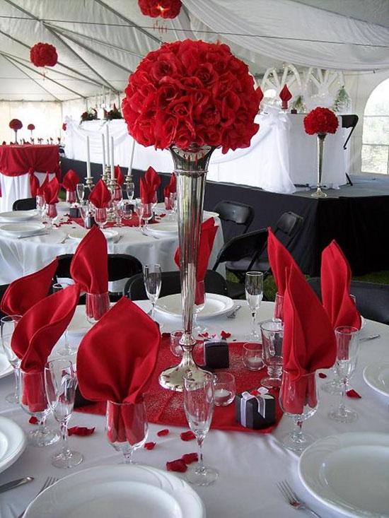 Декор в красном цвете